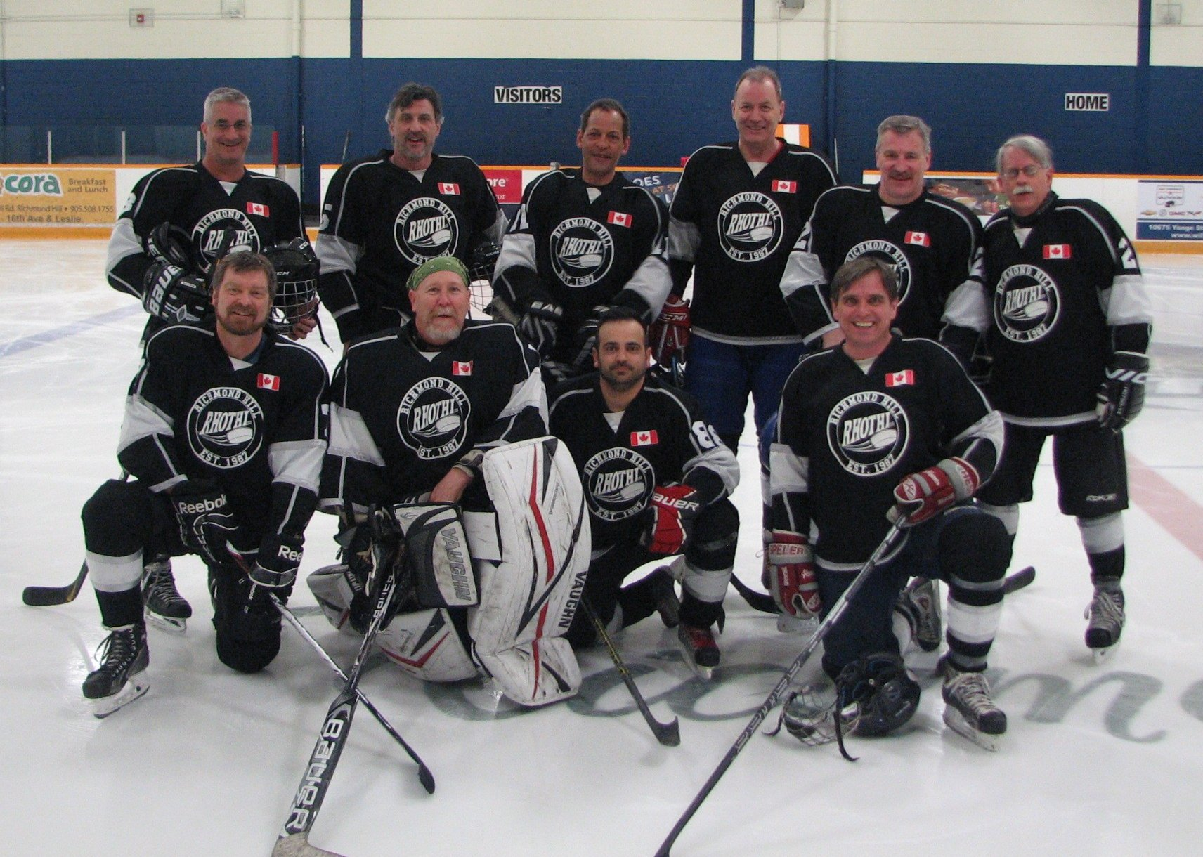 teams 2015 richmond hill old timers hockey league andy tsakas dave ezechials gerry fox tom peros larry greenberg front row l to r paul baillargeon doug arch michael tamin jacques therrien